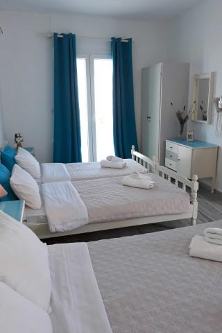 studio 4 athina beds