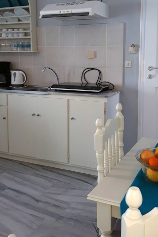 studio 4 athina kitchen
